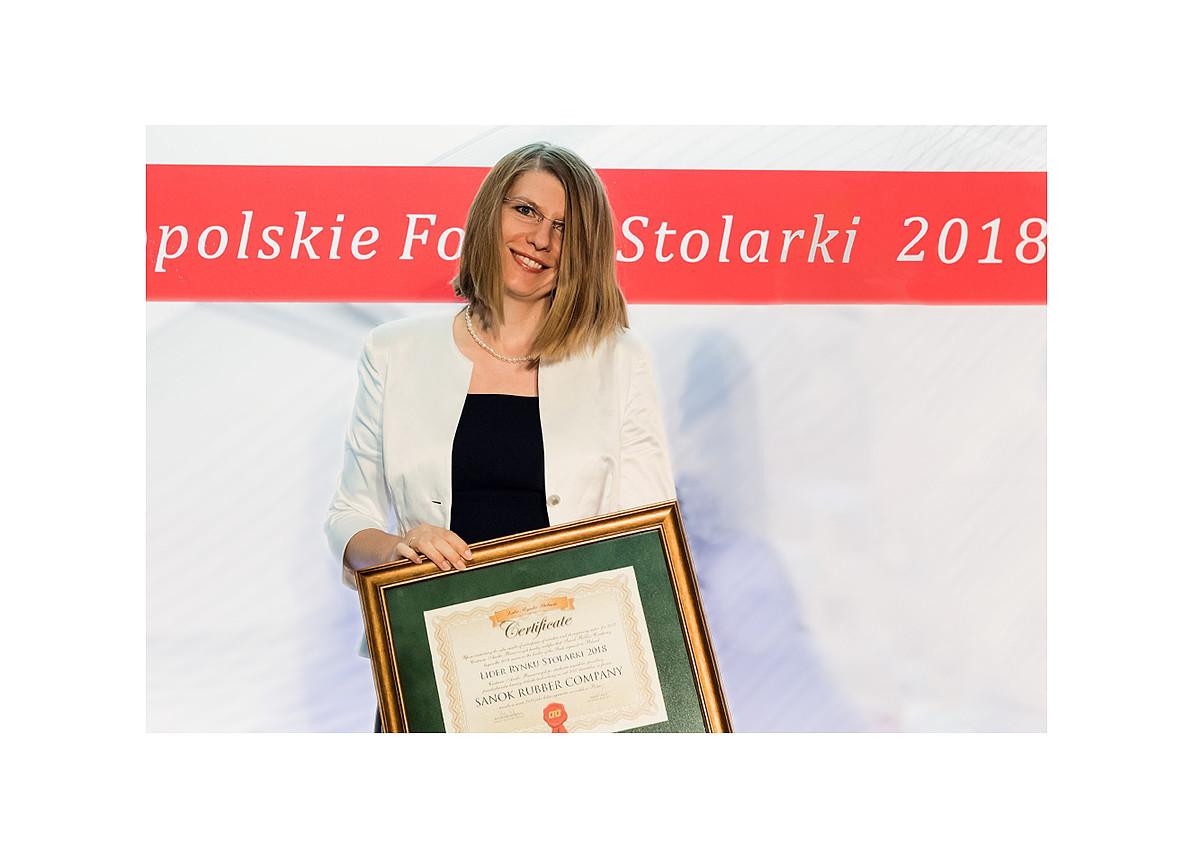 Lider Stolarki 2018.jpg